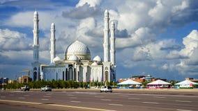 Hazrat Sultan Mosque, nella città di Astana immagini stock