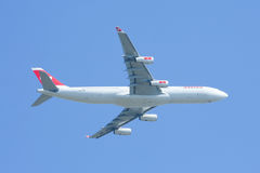 HB-JMI Airbus A340-300 of Swissair, take off Stock Photography