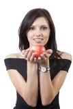 Hübsche Lächelnfrau mit Apfel Lizenzfreies Stockfoto