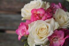 Hübscher Blumenstrauß Lizenzfreie Stockfotografie