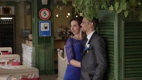 HD стойки холят и невесты в кафе акции видеоматериалы