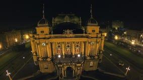 HD voorgevel van het Kroatische nationale theater, Zagreb stock videobeelden
