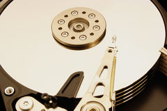 HDD - Un drive del hard disk è aperto Fotografie Stock Libere da Diritti