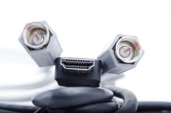 HDMI и задобренные кабели Стоковое фото RF