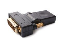 HDMI-Frau zu DVI-männlichem Videoadapter Stockfotografie