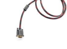 HDMI-Kabel und VGA-Kabelverbindungsstück auf Weiß Stockfotos