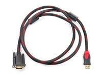 HDMI-Kabel und VGA-Kabelverbindungsstück auf Weiß Stockbilder