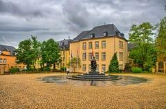 典型的建筑学在卢森堡,比荷卢三国, HDR 免版税库存照片