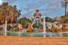 HDR-Foto, Parc DE Ciutadella, standbeelden en fontein, Barcelona, Catalonië, Spanje Stock Afbeelding