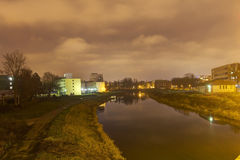 HDR-foto van de rivier die door het centrum van de Olomouc-stad vloeien Stock Foto