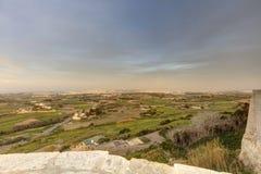 HDR-Foto von Malta-Landschaft von der Spitze der historischen Stadt Mdina in der Sonne des späten Nachmittages Lizenzfreie Stockfotografie