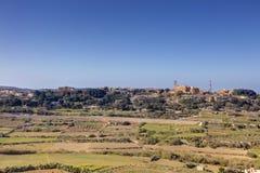 HDR-Foto von Malta-Landschaft von der Spitze der historischen Stadt Mdina in der Sonne des späten Nachmittages an einem sonnigen  Lizenzfreie Stockfotografie