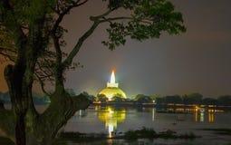 HDR fotografi av fördärvar av Anuradhapura, Sri Lanka Royaltyfri Fotografi