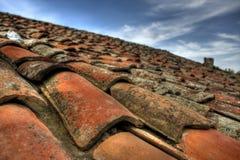 HDR ha sparato mattonelle dalle vecchie di tetto Fotografie Stock