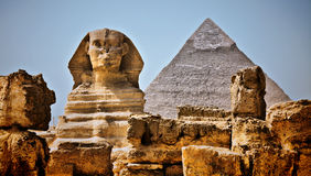 HDR Image The Sphinx and Pyramid of Khafre Royalty Free Stock Photography