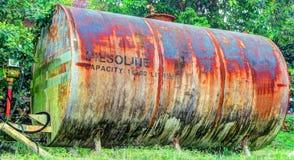 HDR-oude benzinetank Royalty-vrije Stock Foto's