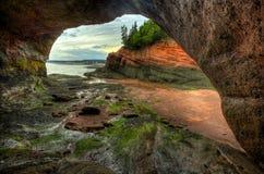 HDR St Martins Caves Inside Outside arkivfoton