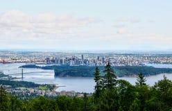 HDR-Wiedergabe von im Stadtzentrum gelegenen Skylinen Vancouvers von Zypresse Mountai Lizenzfreie Stockbilder