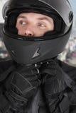 hełma mężczyzna motocyklista target2326_0_ potomstwa zdjęcia royalty free