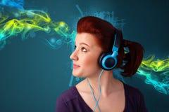 hełmofony target1167_1_ muzykę kobiety potomstwa zdjęcie royalty free