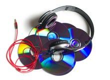 Hełmofony z cd na białym tle Zdjęcie Stock
