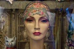 Head bärande bandana för tappningskyltdocka Royaltyfria Foton
