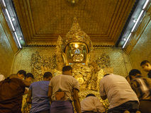 Head of golden Buddha Royalty Free Stock Images