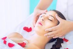 Head massage fotografering för bildbyråer