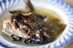 Head soppa för fisk Arkivfoto