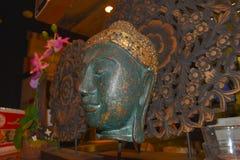 Head statyslut för Buddha upp Arkivfoto