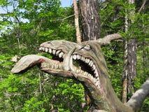 head trä för drake arkivfoto