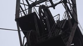 Headframe, kolenmijn stock footage