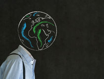 Headless άτομο με το γήινο κεφάλι παγκόσμιων σφαιρών κιμωλίας Στοκ Εικόνες