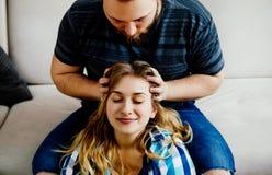 Headmassage im Haus Lizenzfreie Stockfotografie