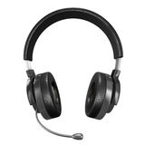 Headphone on white background Royalty Free Stock Photos