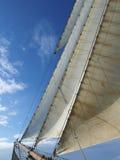 Headsails ενός tallship κάτω από το πανί Στοκ φωτογραφία με δικαίωμα ελεύθερης χρήσης