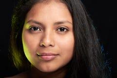 Headshot av ung flicka Royaltyfria Bilder