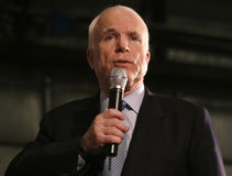 Headshot de la parole de John McCain Photo stock
