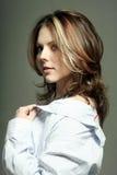 Headshot de uma mulher bonita Foto de Stock Royalty Free