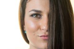 Headshot del adolescente joven hermoso con el fondo blanco Imagenes de archivo