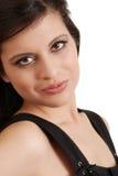 Headshot die Spaanse vrouw glimlacht Royalty-vrije Stock Foto's
