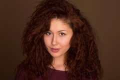 Headshot Femme Regard fixe de attirance Photos libres de droits