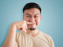 Headshot odór coś zła twarz Azjatycki mężczyzna obrazy stock