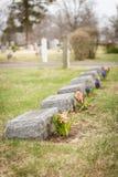 Headstones z kwiatami Obraz Royalty Free