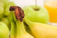 Healhty mat, fruktfrukost Arkivfoto