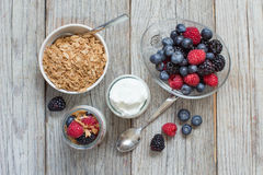 Healthy breakfast with Fresh greek yogurt, flakes  and berries Royalty Free Stock Photos