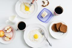 Healthy breakfast: fried egg and rye bread. Royalty Free Stock Photos