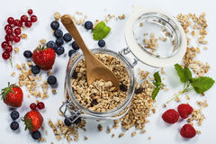 Healthy breakfast - muesli and berries Royalty Free Stock Photos