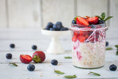 Free Healthy Breakfast: Overnight Oats With Fresh Strawberries Stock Image - 76135061