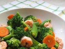 Healthy Choice - Broccoli, Sweet Peas & Prawns Royalty Free Stock Photography